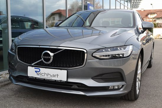 Volvo S90 D4 Geartronic Momentum Pro bei Autohaus Reichhart in