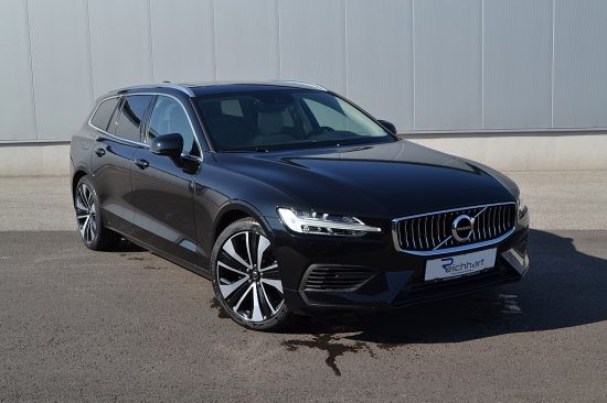 Volvo V60 T6 Twin Engine PHEV Momentum Pro Geartronic bei Autohaus Reichhart in